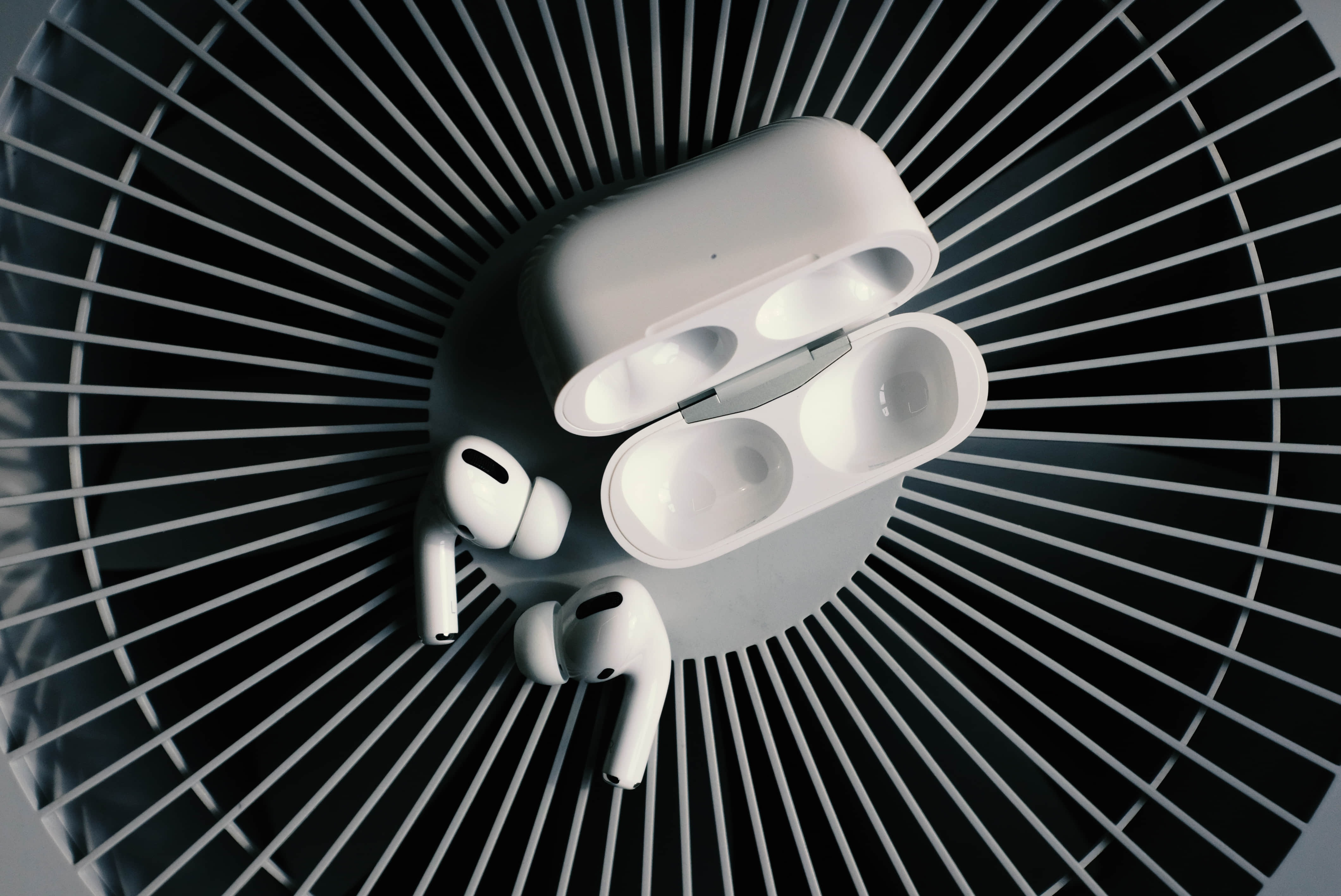 Apple Airpods Competition
